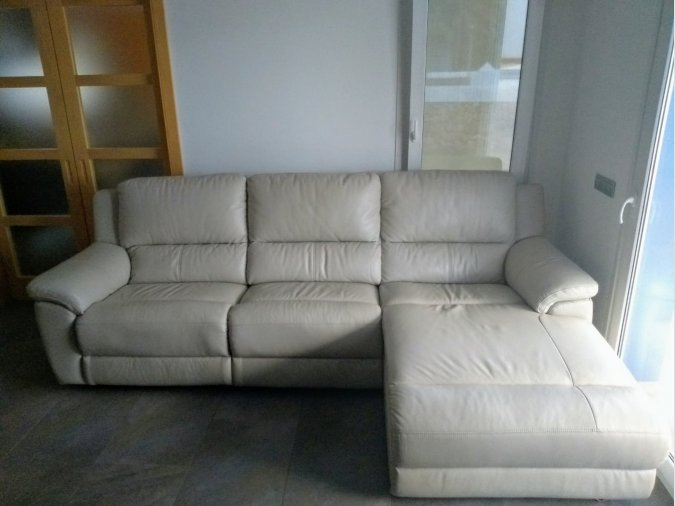 SOFA PIEL CHAISE LONGUE RECLINABLE MOTORIZADO